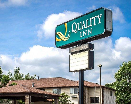 Quality Inn: Exterior