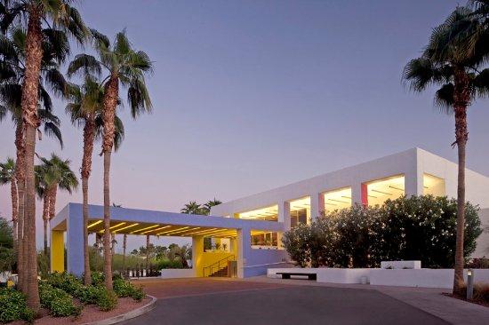 Saguaro Scottsdale: Welcome to the Saguaro