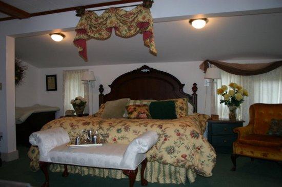 Naples, ME: Guest Room