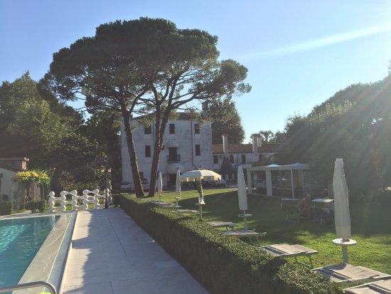 Park Hotel Villa Giustinian Photo