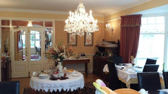 Fuchsia Guest House: 20160906_100846_large.jpg