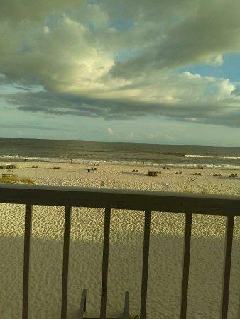 BEST WESTERN on the Beach: 2079057920_large.jpg
