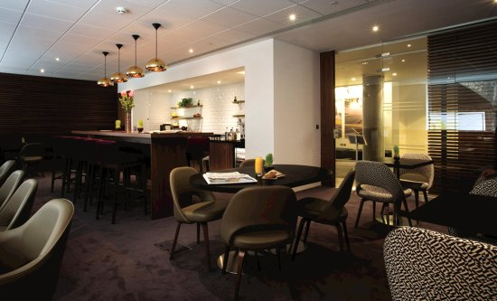 DoubleTree by Hilton Hotel London -Tower of London: Executive Lounge