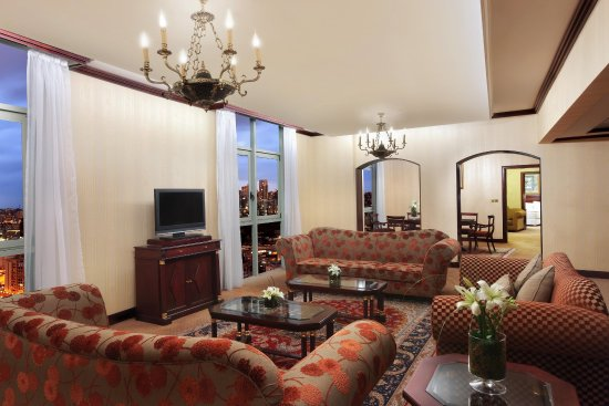 Hilton Beirut Metropolitan Palace: Royal Suite Living Room