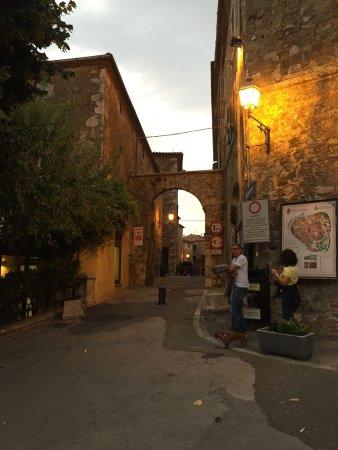 Montemerano, Italië: photo1.jpg