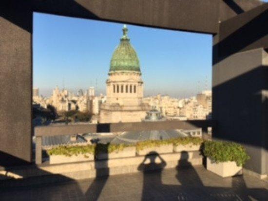 Uno Buenos Aires Suites: vista para o congreço e cidade