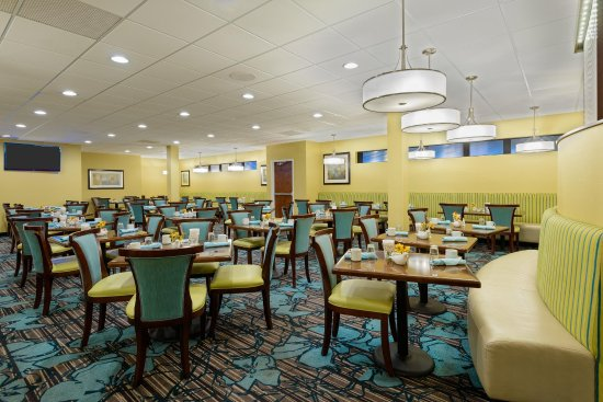 DoubleTree by Hilton Richmond-Midlothian: Restaurant