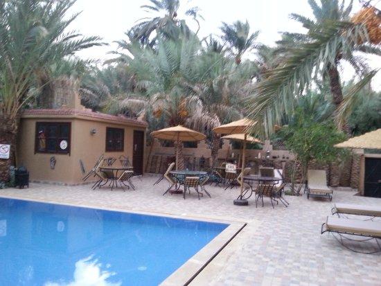 Aoufous, Marruecos: possibilité de manger dans le jardin