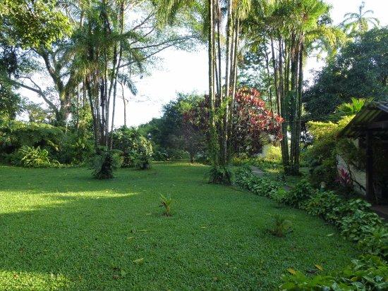 Los tucanes casa de campo hotel reviews cochabamba - Jardines de casas de campo ...