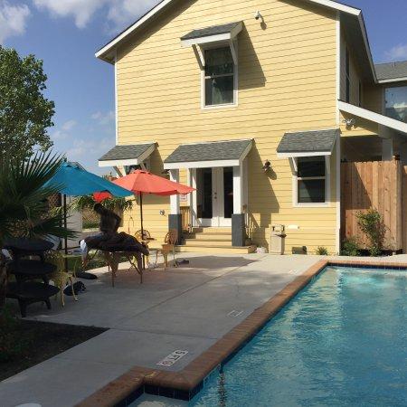 Crawford, Τέξας: Pool Deck