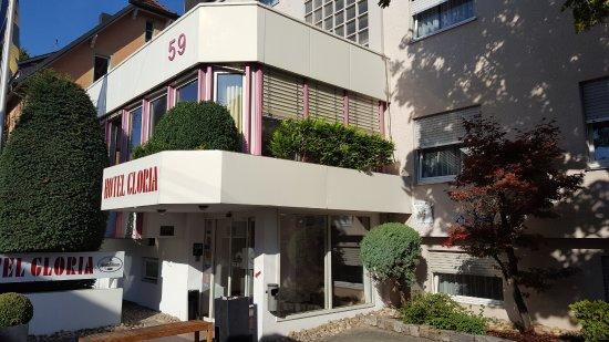 Hotel Gloria: Un edificio con algunos años pero bien conservado y limpio