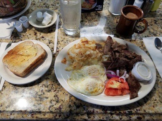 Saint Clair Shores, มิชิแกน: Best breakfast in town.