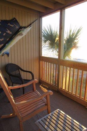 Oceanfront Litchfield Inn: Our oceanfront room