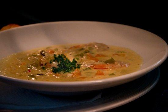 Rangiora, Nya Zeeland: Seafood Chowder......made in house w smoked fish.....