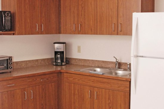 Culbertson, MT: Kitchenette in all rooms
