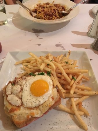 Independence, CA: Spaghetti Bolognese and Croque Madame.