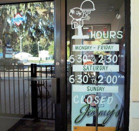 Jimmy's Boulevard Restaurant: Front doors...hours of operation