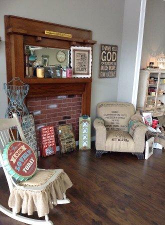 Scottsboro, AL : Southern Grace Boutique