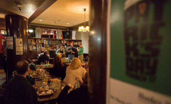 The Celtic Knot Public House: Sunday sessions