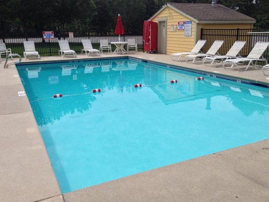 Ramada Saco/Old Orchard Beach Area: Small Seasonal Pool