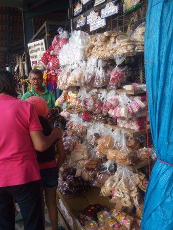 Sunday Market : typical snacks