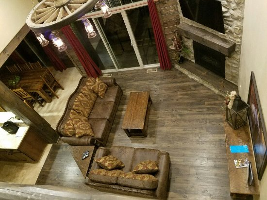 Reeds Spring, MO: View of living-dining area from upstairs.