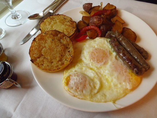 Bretton Arms Dining Room : Breakfast