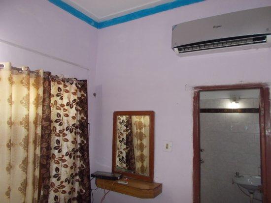 Hotel Plaza Khajuraho : Delux ac room