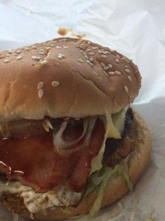 Sylvania, Australia: The burger!