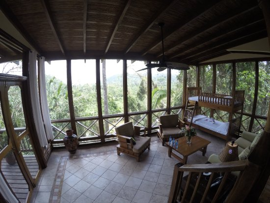 Ian Anderson's Caves Branch Jungle Lodge: Downstairs room