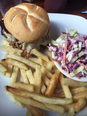 Straightaway Cafe: Pulled pork with slaw