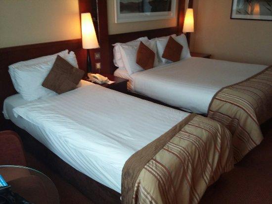 Shearwater Hotel: 20160908_162535_large.jpg
