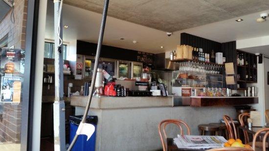 Bar area - Picture of Cinque Cucina e Caffe, Mona Vale ...