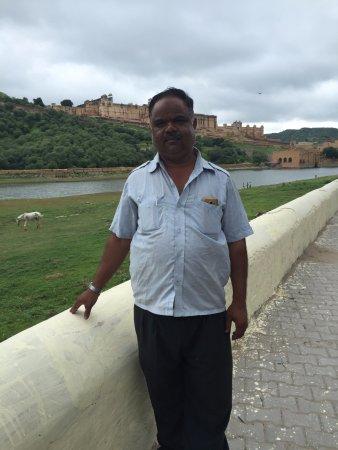 Hotel H.R. Palace: Rickshaw Driver, Bablu