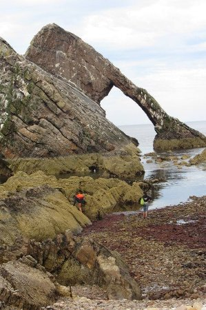 Portknockie, UK: Where did the water go?? Bow Fiddle Rock
