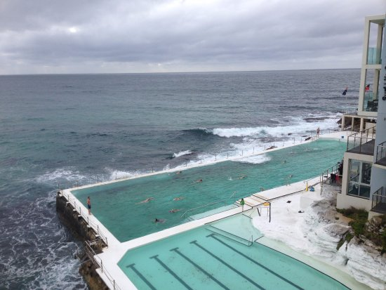 Bondi To Coogee Beach Coastal Walk Natural Swimming Pool