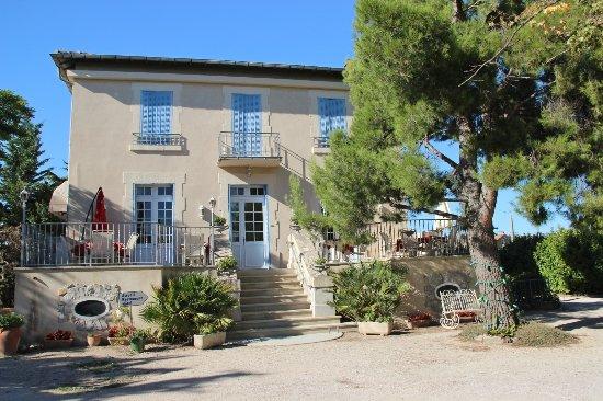 Auberge Castel Mireio Picture