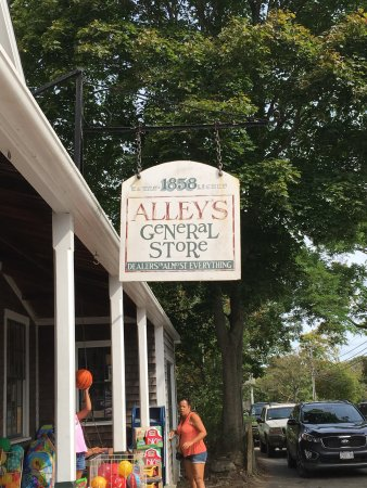 Alley's General Store: photo0.jpg