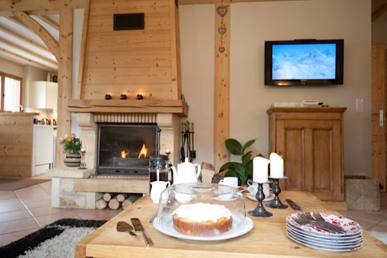 Chalet Annabelle: Log Fire