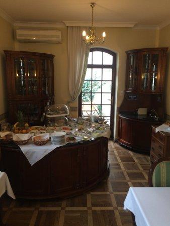Maltański Hotel: На завтраке