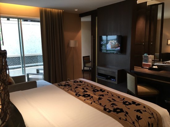 A-ONE Pattaya Beach Resort: Specious room with nice design & decoration