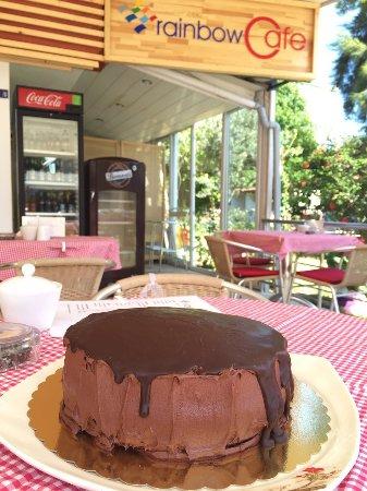 Rainbow Cafe & Bar : Chocolate Cake