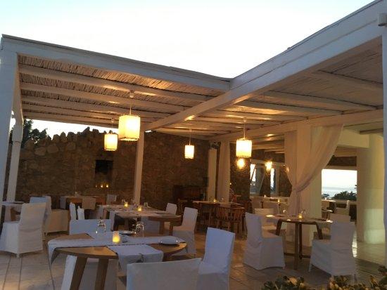 Andronikos Hotel: Lady Finger Restaurant