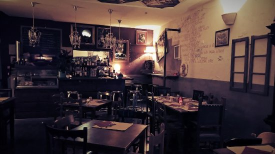 Osteria vineria guerrina italian restaurant via for Restaurant reggio emilia