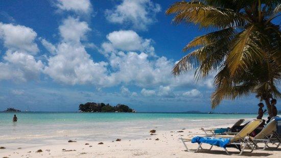 Anse Volbert: Vista della spiaggia