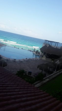 Bsea Cancun Plaza: 20160905_163307_large.jpg