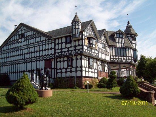 Haunted Mansion: Haunted mansion
