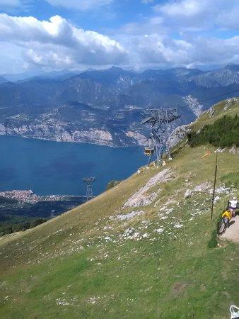 Rifugio Monte Baldo: IMG_20160905_115034_large.jpg