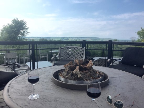 Grey County, Canada: Coffin Ridge Boutique Winery