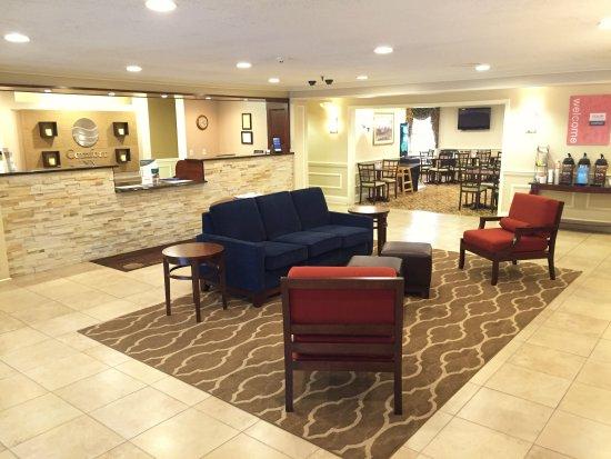 Comfort Inn Auburn-Worcester: Lobby